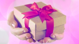 free-gift-pic
