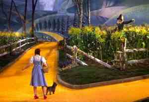 dorothy-meets-the-scarecrow-in-the-wizard-of-oz-1939-1-300x206