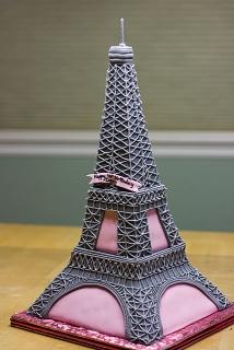 EiffelTowerBirthdayCake_2