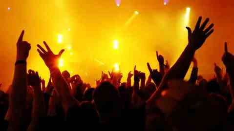 style-dance-desktop-stage-lighting-crowd-audience-hand-emotions-theme-mood-273110-1024x576