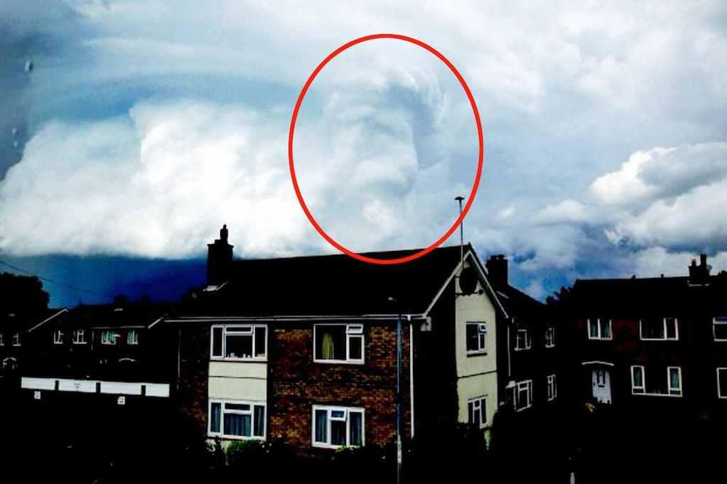 PAY-Lion-King-cloud-MAIN.jpg