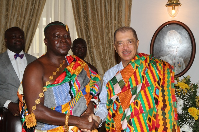 otumfuo_osei_tutu_ii_and_james_michel_april_2015