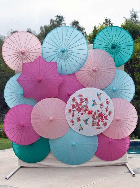 DIY-parasol-backdrop.jpg