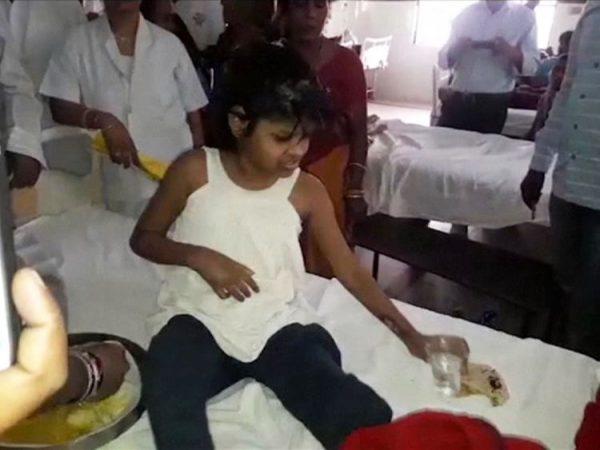 Mowgli-girl-India3-600x450.jpg