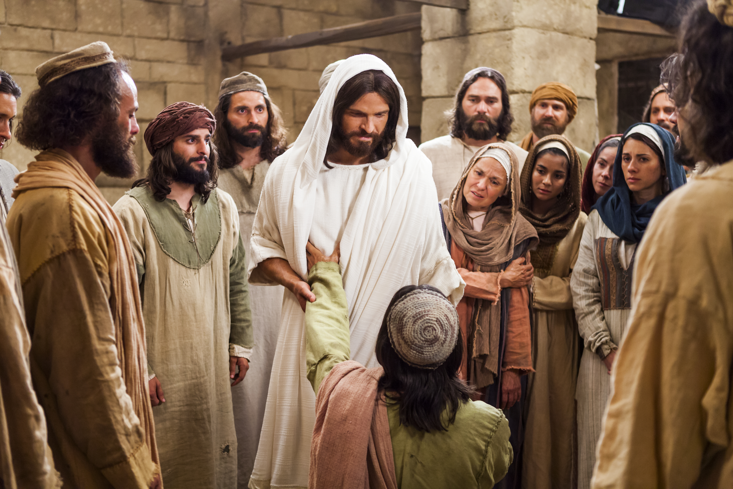 resurrected-christ-with-people-1103021-wallpaper