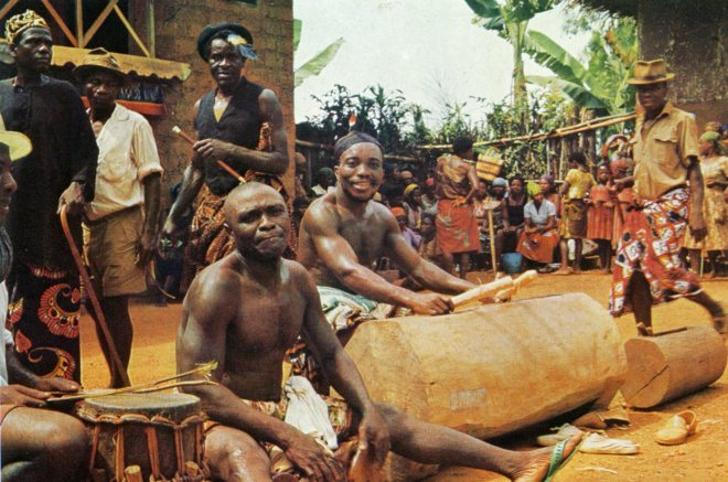 Atem-Bangwa-carver-sculptor-artist-Cameroon.jpg