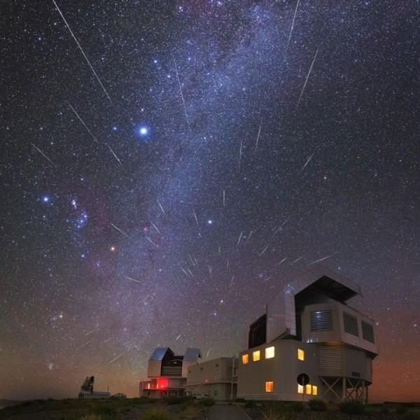 geminid-Atacama-Desert-Yuri-Beletsky-12-13-2015-sq-e1450182076153.jpg
