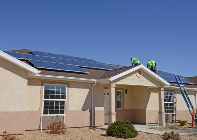 California-Homes-Solar-889x635.jpg